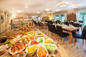 Restaurant-Kaffeehaus-2-1024x682-300x200